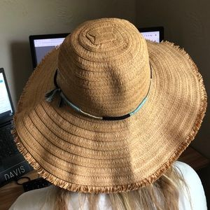 Kooringal beach hat